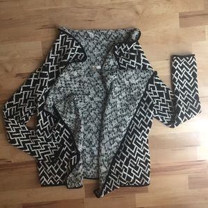 F21 Exclusive Cozy Patterned Sweater Cardigan M